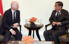 Bertemu Presiden FIFA, Jokowi: Kami Siapkan 10 Stadion untuk Piala Dunia U-20 - JPNN.com