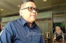 Politik Sering Tegang, Hasto Menonton Teater Humor - JPNN.com