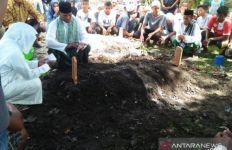 Beberapa Hari di Pengungsian, Alfin Lestaluhu Sulit Tidur, Makan tak Teratur - JPNN.com