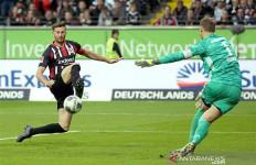 Eintracht Frankfurt Pukul Bayern Muenchen 5-1 - JPNN.com