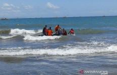 Nelayan jadi Korban Tabrakan Kapal Laut, Jasadnya Belum Ditemukan - JPNN.com