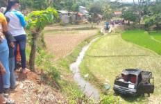 Mobil Pikap Bawa Rombongan Pengantin Terjun ke Sawah, 2 Tewas, 8 Luka-luka - JPNN.com