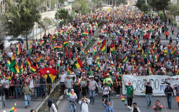 Kalah Pemilu, Oposisi Bolivia Tuntut Pemilihan Baru - JPNN.com