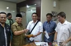 PSI Dilaporkan Gara-Gara Lem Aibon Rp 82 M, FITRA: Sugiyanto Salah Alamat - JPNN.com