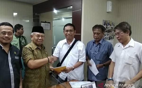 Bela Gubernur Anies, Warga Bernama Sugiyanto Laporkan William PSI ke BK DPRD - JPNN.com