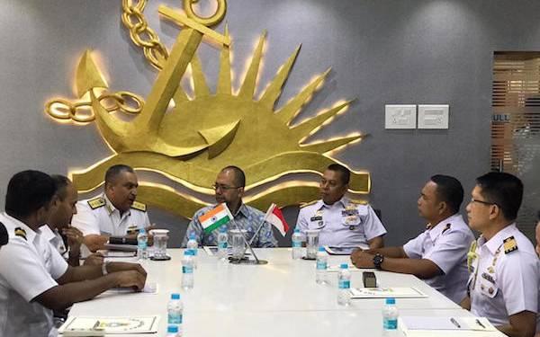 TNI AL dan Indian Navy Adu Cekatan Saat Manuver Lapangan - JPNN.com