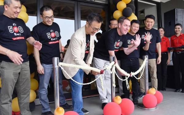 Pizza Hut Indonesia Hadirkan Outlet ke-500 - JPNN.com