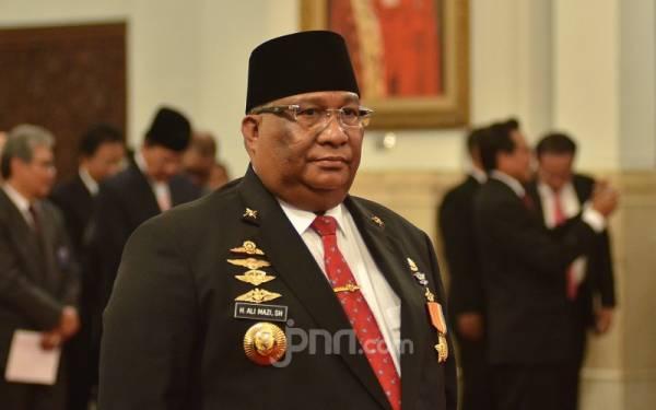Gubernur Sultra Ogah Ikut Campur Soal Kasus Desa Fiktif - JPNN.com