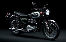 Kawasaki W800 Baru Resmi Mengaspal di Indonesia, Harga Rp 285 Juta - JPNN.com