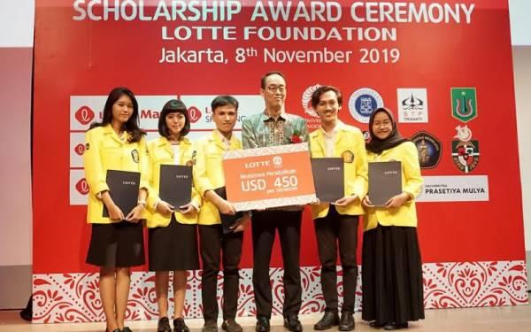 Lotte Foundation Beri Beasiswa Untuk 60 Mahasiswa di Indonesia - JPNN.com
