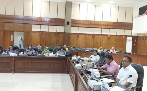 Melkianus Sairdekut Minta Pemerintah Prioritaskan Maluku - JPNN.com