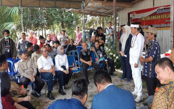 KLHK - Komisi IV DPR Mengunjungi Empat Provinsi Terdampak Karhutla - JPNN.com