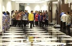 Megawati dan Surya Paloh Bersalaman, Setelah Itu SYL Ambil Peran - JPNN.com