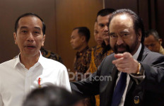 Jokowi Sempat Singgung Soal Surya Paloh dan Sohibul Iman Berpelukan - JPNN.com
