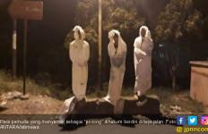 Jadi, yang Punya Ide Menyamar jadi Hantu Pocong Siapa? - JPNN.com