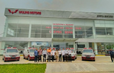 Wuling Sulap Confero Jadi Mobil Klinik dan Ambulans untuk Rumah Zakat - JPNN.com