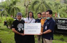 Anak Usaha Pupuk Indonesia Salurkan Bantuan Program Rehabilitasi Orang Utan - JPNN.com