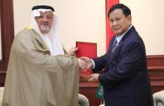 Menhan Prabowo Terima Kunjungan Kehormatan Dubes AS dan Dubes Arab Saudi - JPNN.com