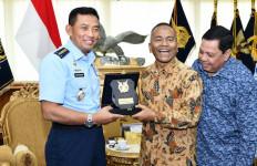 PWI Pusat dan TNI AU Siap Jalin Kerja Sama - JPNN.com