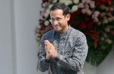 Nadiem Makarim Harus Tahu, Gaji Guru Honorer di Bawah Penghasilan Driver GoJek - JPNN.com