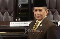WN Tiongkok Masuk Indonesia, Syarief Hasan: Kontraproduktif dengan Kebijakan Pemutusan Covid-19 - JPNN.com