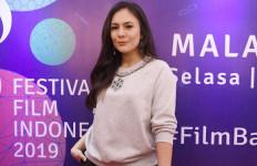 Suami Tak Hadiri Sidang Cerai, Wulan Guritno Bilang Begini - JPNN.com