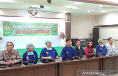 Cucu Ketiga Jokowi Lahir, Bu Iriana Sempat Tegang, Deg-Degan - JPNN.com