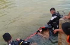 Berita Duka, Vito dan Bayu Meninggal Dunia di Kolam Berlumpur - JPNN.com