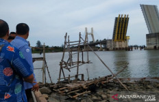 Edhy Prabowo Soroti Penambangan Timah Ilegal - JPNN.com