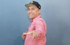 Nobo Curhat Pengalaman Jatuh Cinta Lewat Lagu - JPNN.com