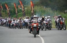 Keren, Suryanation Motorland Ajak Ribuan Bikers Berkemah di Atas Awan - JPNN.com