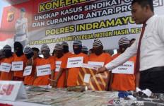 Polres Indramayu Buru Penadah Motor Curian Sampai Kalimantan - JPNN.com