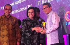 Menkeu dan Ditjen Pajak Beri Penghargaan Kepada Adaro Energy - JPNN.com