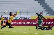 Persipura Jayapura vs Persebaya Surabaya: David Da Silva Sedang Garang - JPNN.com