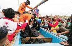 Jasad Dadan dan Puji Ditemukan Terombang-ambing di Tengah Lautan - JPNN.com