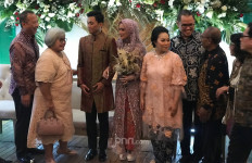 Mantan Jaksa Chuck Suryosumpeno Semringah Bisa Hadiri Pernikahan Putranya - JPNN.com