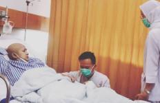 Kembali Dirawat di Rumah Sakit, Ini yang Dikeluhkan Ria Irawan - JPNN.com