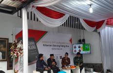 Perjuangan KH Ma'ruf Jadi Wapres Tertuang di Buku Kibaran Sarung Sang Kiai - JPNN.com