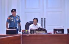 Jokowi Ingatkan Pengadaan Alutsista Jangan Berorientasi Proyek - JPNN.com