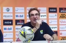 Persib Bandung Kehilangan 2 Pemain Andalan Lawan PSM Makassar - JPNN.com