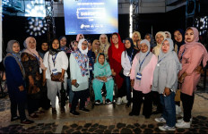 Sinta Nuriyah Tumpahkan Kerinduan pada Gus Dur di Disrupto 2019 - JPNN.com