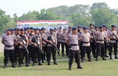 Brimob Diterjunkan Amankan Pilkades di Kabupaten Tangerang - JPNN.com
