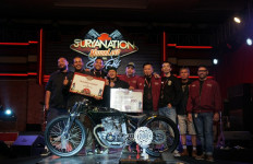 Suzuki Thunder ala Board Tracker Sabet Gelar The Greatest Bike Suryanation Motorland 2019 - JPNN.com