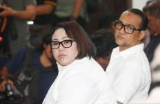 Jawaban Nunung Soal Pelesiran ke Solo - JPNN.com