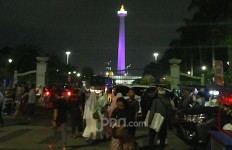 Selamat Malam, Ribuan Massa Reuni Aksi 212 Sudah Masuki Kawasan Monas - JPNN.com