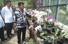Mentan Syahrul Minta Peneliti Tanaman Hias Kerja Keras - JPNN.com