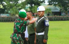 Wajah Oknum Prajurit TNI Itu Menegang Saat Dipecat oleh Pangdam Iskandar Muda - JPNN.com