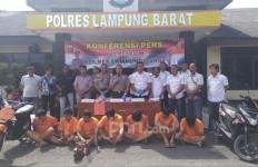 Terlibat Kasus Pencurian Kendaraan Bermotor, Camat Resmi Jadi Tersangka - JPNN.com
