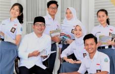 Tingkatkan Aksesibilitas Pendidikan, Pemdaprov Jabar Luncurkan Program Gratis Iuran Bulanan - JPNN.com