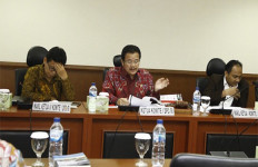 Komite I DPD Evaluasi Pelaksanaan UU Desa - JPNN.com